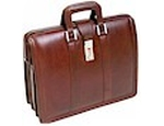 World class leather laptop briefcase s are manufactured here in India at very good price.Contact us now!